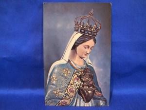 notre_dame_du_cap_shrine_quebeccard_souvenir_canada_spirit_queen__885ce99b